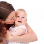 赤ちゃんが泣く6つの理由と、誰にでもできる泣き止ませるための簡単な3つの方法とは?